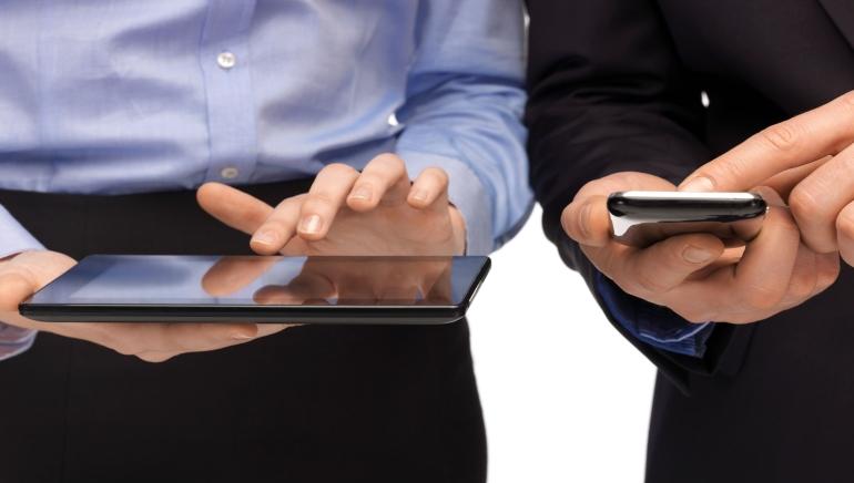 Relatório Especial: Por que Cassinos Móveis Online São tão Populares?